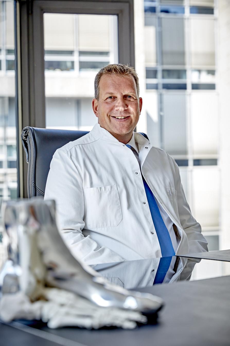 Dr. Holm Edelmann